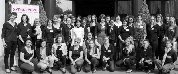 Photo de groupe des diVINes d'Alsace