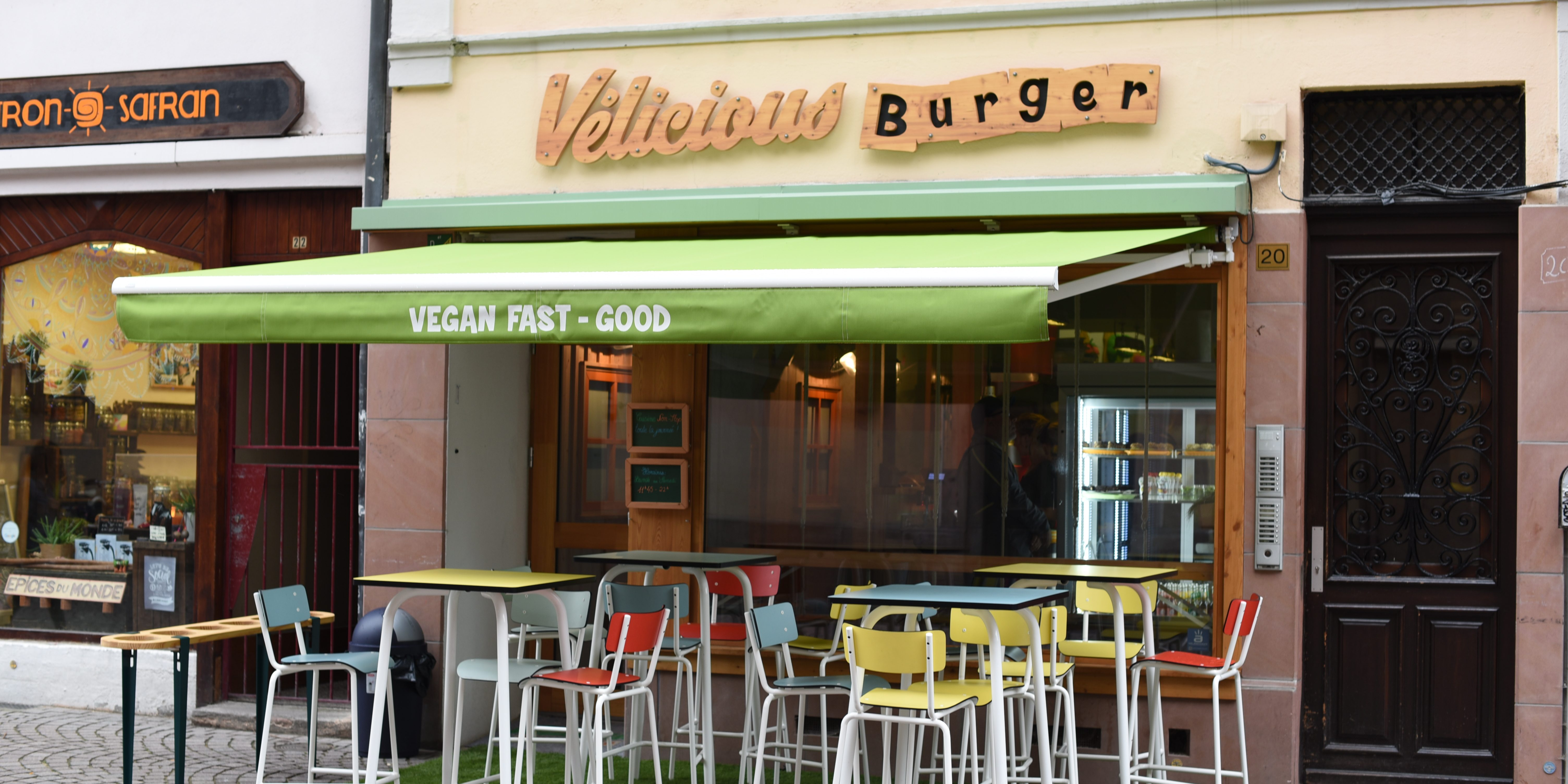 velicious burger le fast food vegan en plein coeur de strasbourg. Black Bedroom Furniture Sets. Home Design Ideas